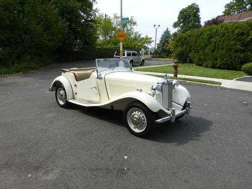 1951 MG TD A Nicely Presentable  Driver - SOLD (picture 1 of 6)