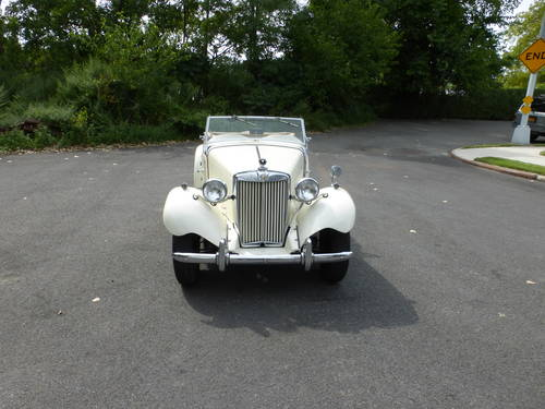 1951 MG TD A Nicely Presentable  Driver - SOLD (picture 2 of 6)