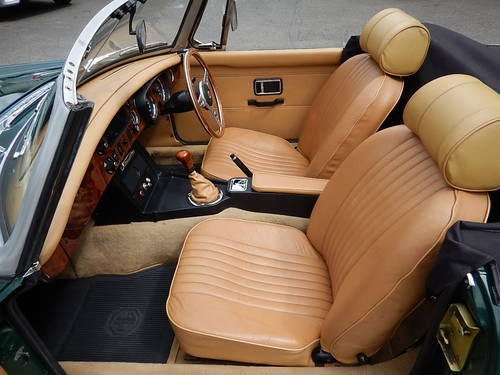 1972 MGB Roadster with Tan Leather  SOLD (picture 5 of 6)
