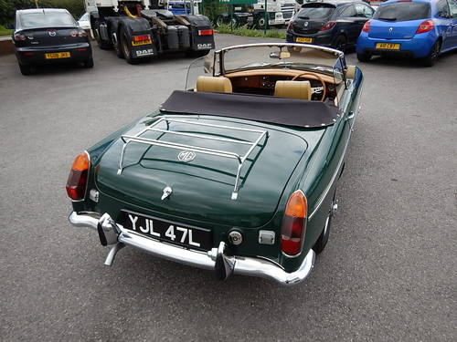 1972 MGB Roadster with Tan Leather  SOLD (picture 4 of 6)