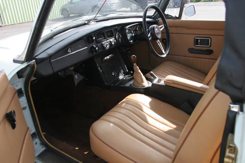 1973 MGB HERITAGE SHELL, 800 miles only SOLD (picture 3 of 6)