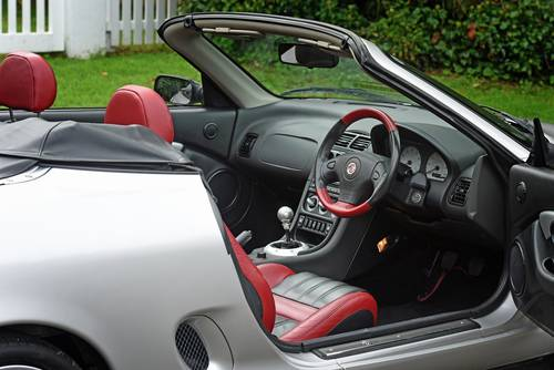 2001 MG MGF VVC in striking silver with tartan leather trim SOLD (picture 6 of 6)