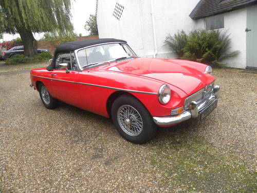 1967 MGB ROADSTER restored with Heritage bodyshell. SOLD (picture 2 of 6)