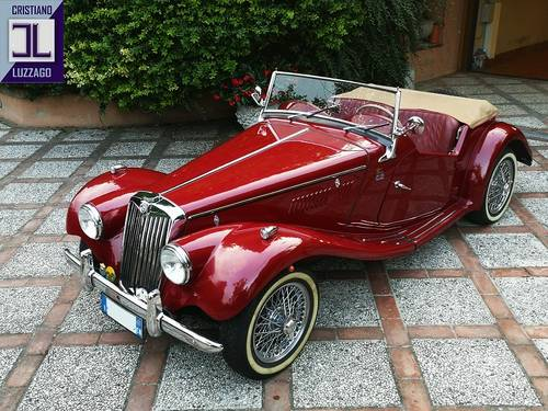 1954  TOTALLY RESTORED MG TF 1250  For Sale (picture 1 of 6)