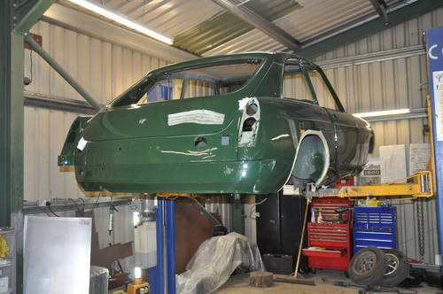 Classic car servicing and restoration only £30 per hour   (picture 3 of 6)