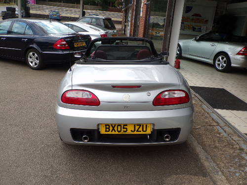MG TF 1.6 SPORTS CONVERTIBLE 2DR 66500 MILES SILVER 2005/05 For Sale (picture 2 of 6)