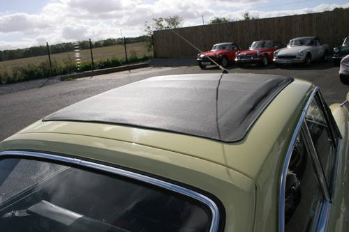 1967 MGB GT Mk1, Primrose with full sunroof SOLD (picture 4 of 5)