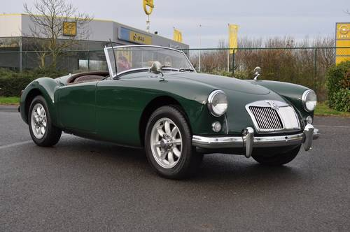MGA RAODSTER 1958 BRG ID17021 For Sale (picture 1 of 6)