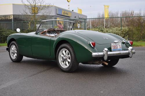 MGA RAODSTER 1958 BRG ID17021 For Sale (picture 2 of 6)