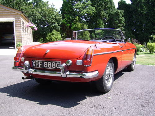 1969 MGB Roadster for sale in Hampshire... SOLD (picture 2 of 6)