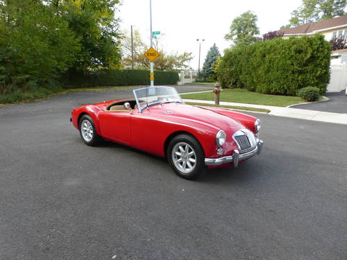 1960 MG A 1600 Roadster Very Presentable - SOLD (picture 1 of 6)