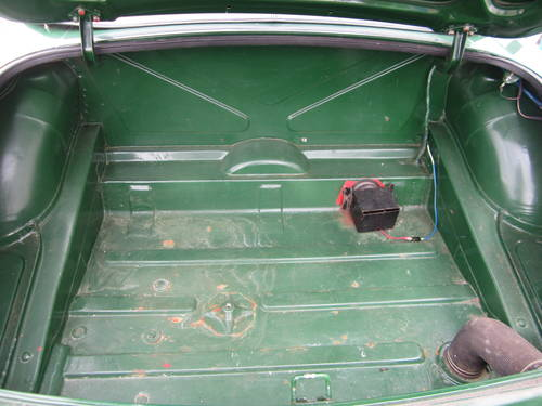 1977 MGB ROADSTER * DRY STORED MANY YEARS ~ SOLID MGB * SOLD (picture 3 of 6)