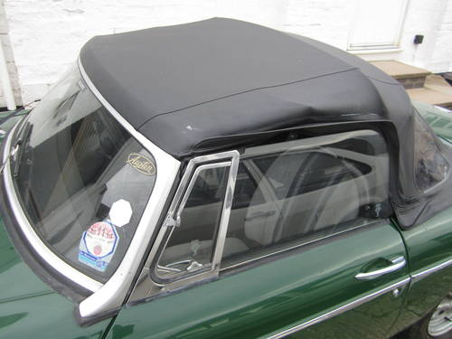 1977 MGB ROADSTER * DRY STORED MANY YEARS ~ SOLID MGB * SOLD (picture 4 of 6)