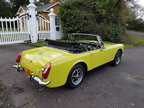 1973 MG Midget MK111 SOLD (picture 2 of 6)