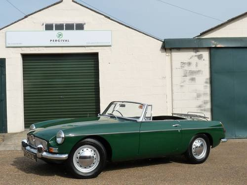1963 MGB roadster Mk1, 'pull handle', SOLD SOLD (picture 1 of 6)