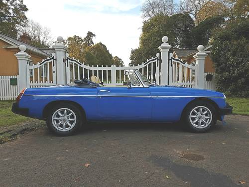 1976 MGB Roadster - Pageant Blue SOLD (picture 2 of 6)