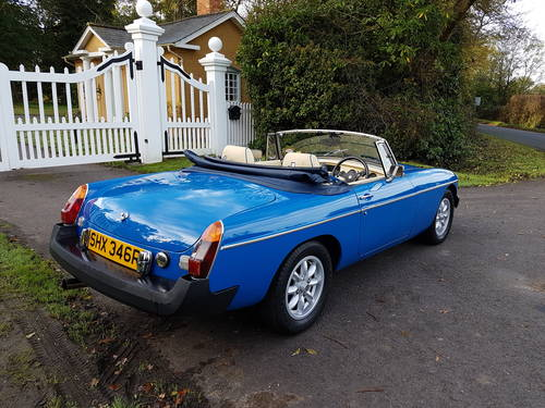 1976 MGB Roadster - Pageant Blue SOLD (picture 3 of 6)