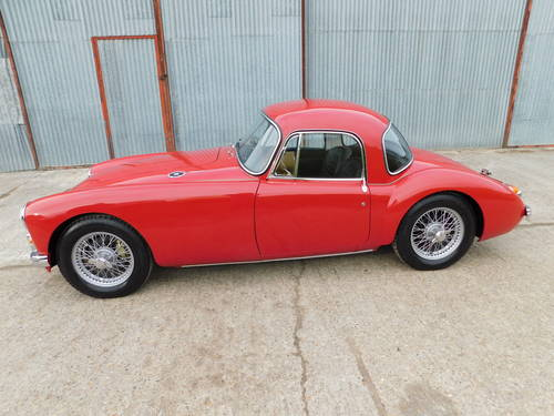 Superb 1961 MGA MkII 1600 Coupe LHD For Sale (picture 3 of 6)