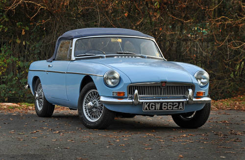 1963 MG MGB Roadster, superbly restored, stunning car SOLD (picture 1 of 6)