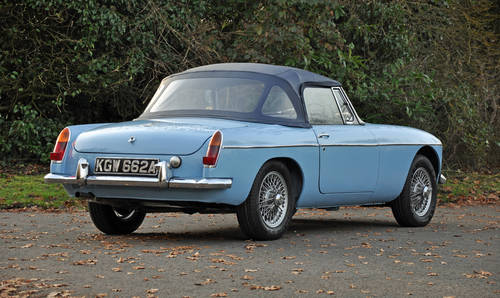 1963 MG MGB Roadster, superbly restored, stunning car SOLD (picture 3 of 6)