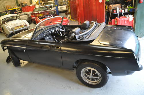1975 MG MGB CHROME BUMPER ROADSTER TAX EXEMPT O/D SOLD (picture 3 of 6)