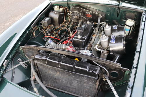 1966 MGB Roadster in dark racing green, show standard paintwork. SOLD (picture 2 of 5)