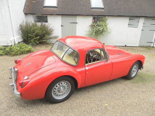 1959 MG A TWIN CAM. 5 SPEED GEARBOX.AWARD WINNIN G SOLD (picture 3 of 6)