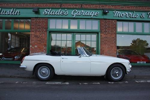1966 MG MGB Roadster  SOLD (picture 1 of 6)