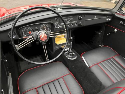 1963 MG - B Spider S1 FULLY RESTORED SOLD (picture 4 of 6)