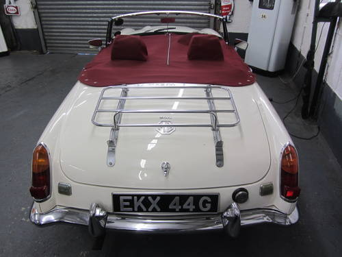 1969 MG C Roadster FOR SALE SOLD (picture 2 of 6)