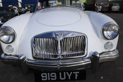 MGA 1600 Mk2 , 1962 SOLD (picture 5 of 5)