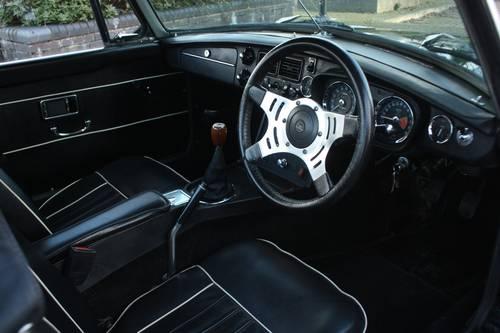 1972 MGB Roadster - Green, older restoration - Very good order SOLD (picture 3 of 6)