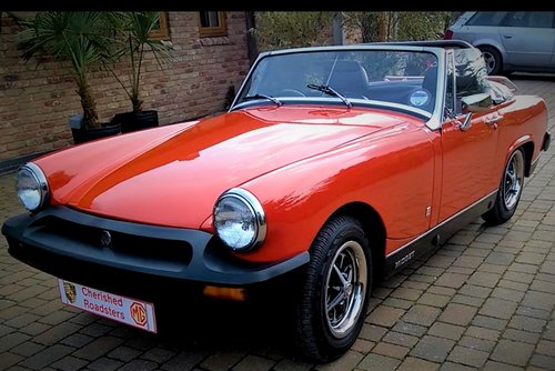 1978 Stunning Red MG Midget hire: Driver Experience Gift Vouchers For Sale (picture 4 of 6)