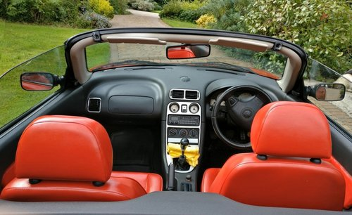 1995 Iconic Red MGF 1.8 VVC hire: Driver Experience Gift Vouchers For Sale (picture 6 of 6)