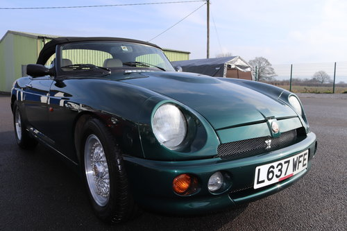 1993 MG RV8 , UK Car in BRG metallic. 31000 miles SOLD (picture 2 of 6)