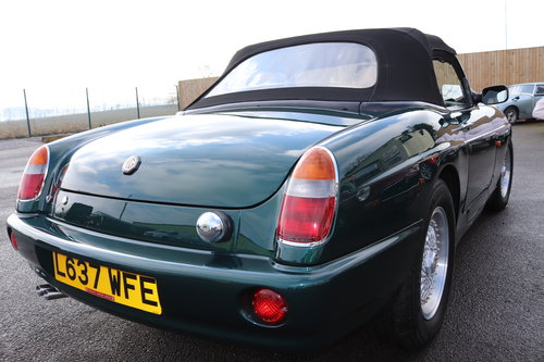 1993 MG RV8 , UK Car in BRG metallic. 31000 miles SOLD (picture 6 of 6)