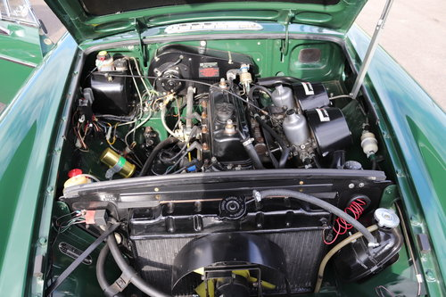 1972 MGB GT , fully rebuilt with upgrades SOLD (picture 3 of 6)