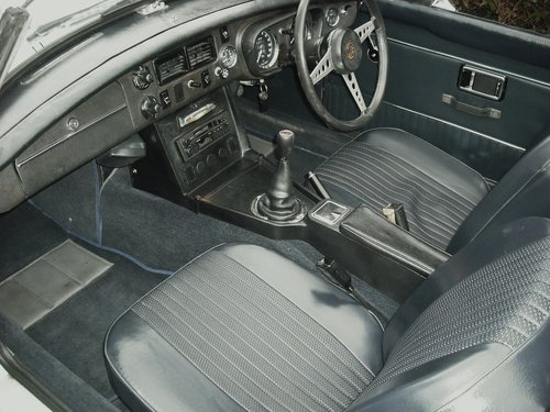 1972 MGB ROADSTER,OVERDRIVE,4 OWNERS,SERVICE HISTORY, For Sale (picture 6 of 6)