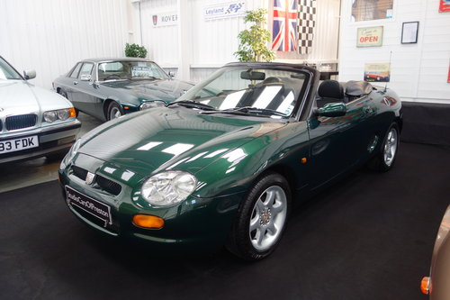 2004 1999 MGF 1.8 32'000 miles Excellent condition BRG SOLD (picture 2 of 6)