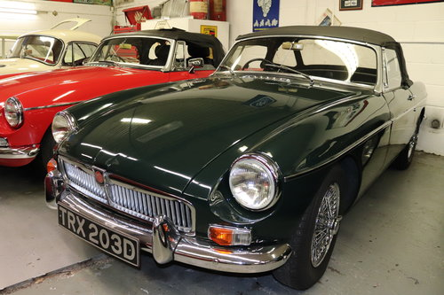 1966 MGB in dark racing green with chrome wires SOLD (picture 1 of 5)