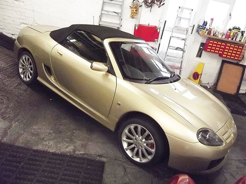 2004 MG TF 1.8 VVC GOLD EDT SPORTSCAR (41,000 MILES) SOLD (picture 2 of 6)