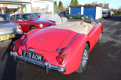 1960 MGA 1600 MK1,UK car in chariot red SOLD (picture 2 of 6)