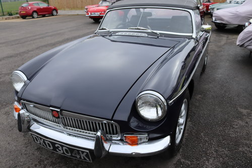 1972 MGB Roadster in midnight blue SOLD (picture 5 of 5)