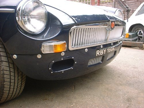 1972 MGB Roadster with Sebring valances stunning condition For Sale (picture 3 of 6)