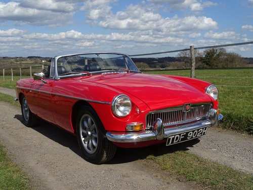 1970 Outstanding MGB Roadster,superb driver's car! SOLD (picture 1 of 6)
