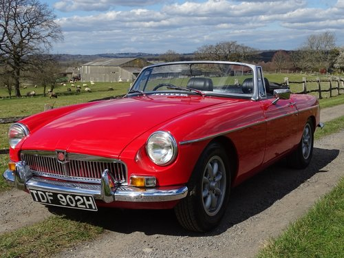 1970 Outstanding MGB Roadster,superb driver's car! SOLD (picture 2 of 6)