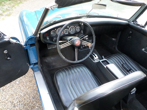 1968 Automatic MGC LHD For Sale (picture 3 of 6)