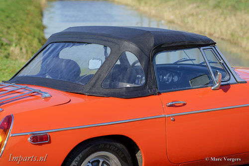 An excellent MGB roadster 1974  LHD For Sale (picture 4 of 6)