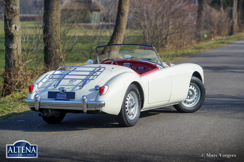 MG A Twin Cam Roadster, 1958 SOLD (picture 5 of 6)