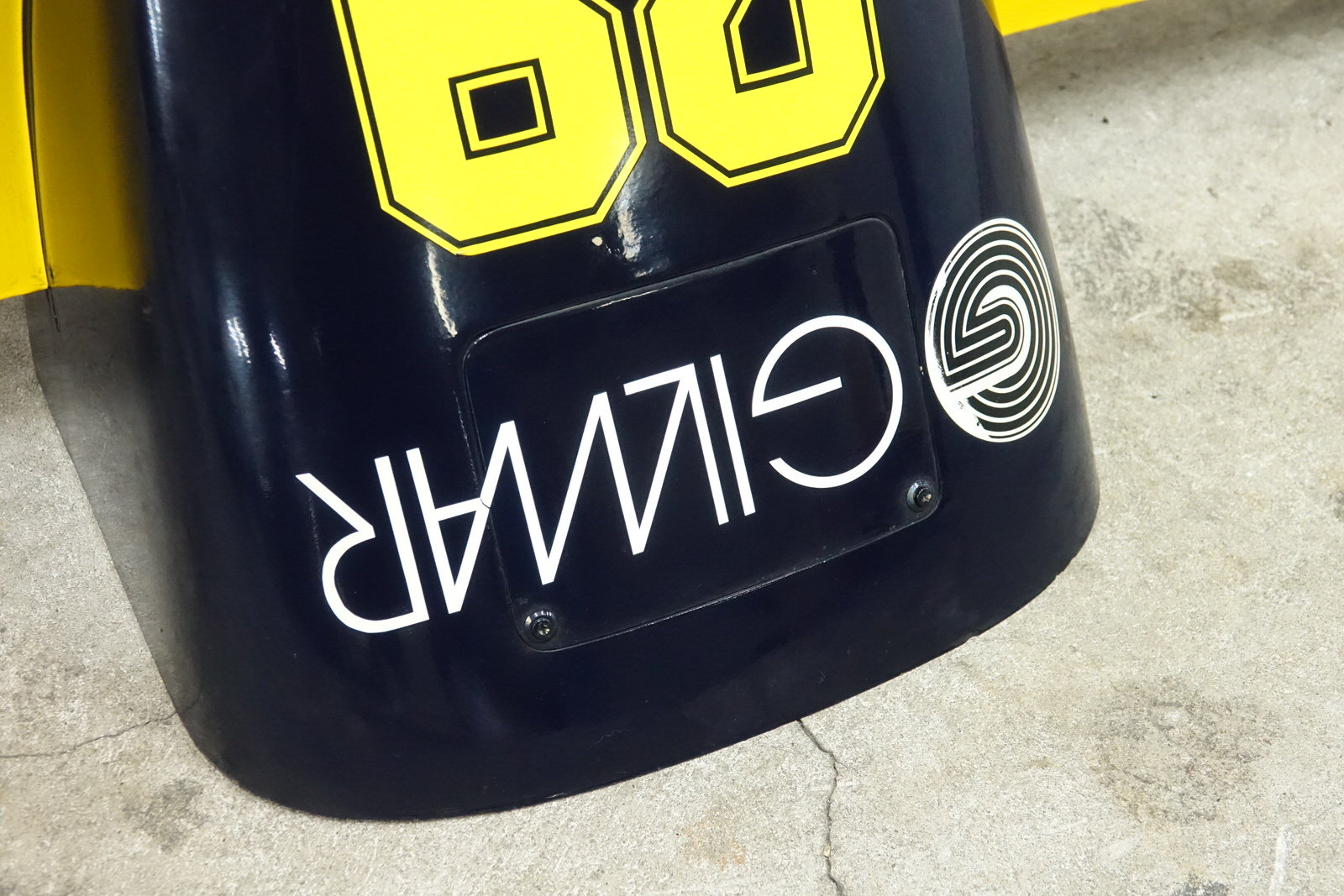 1985 Minardi M185 F1 Front Nose For Sale (picture 3 of 8)